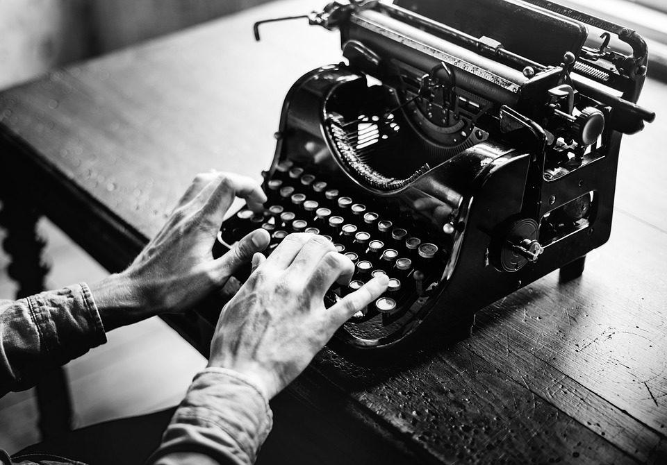 Machine à écrire.jpg